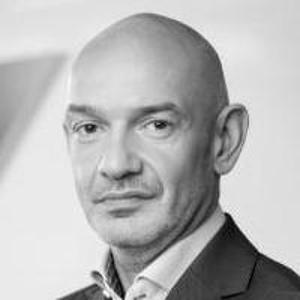 Tomasz  Niebylski